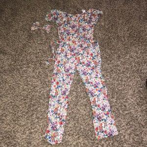 H&M jumpsuit (Girl)